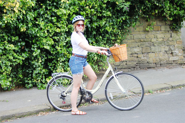 fashion blogger bike