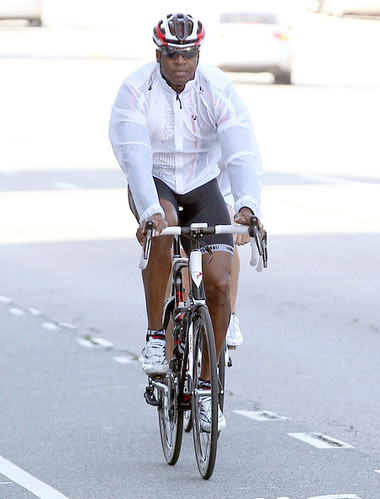 Barry+Bonds+Out+Bike+Ride+Santa+Monica+ymCgMukkGBnl