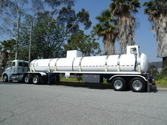 commercial vehicle, vehicle, truck, transport, trailer truck, trailer, bumper, land vehicle,