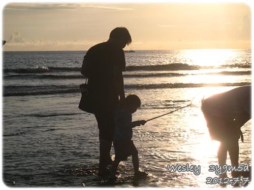 120707-夕陽下的父與子