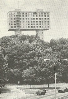 1975 Soviet Envoy Housing, NYC (UPI Compix)