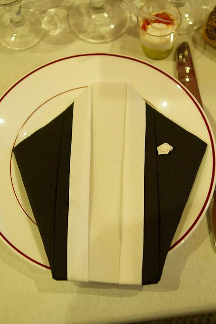 Pliage serviette costume flickr photo sharing - Pliage serviette costume ...