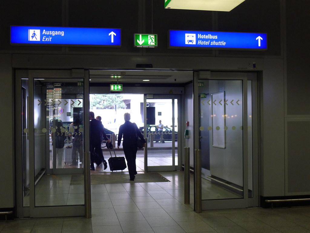 Ankunft Flughafen Frankfurt Terminal 1