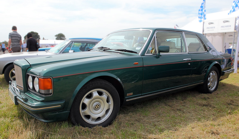 Bentley Turbo R Hooper Coupe, semi-profile, c1987