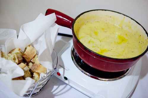 Big pot of delicious fondue