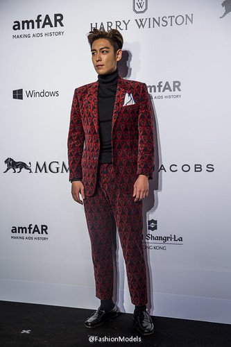 TOP - amfAR Charity Event - Red Carpet - 14mar2015 - FashionModels - 03