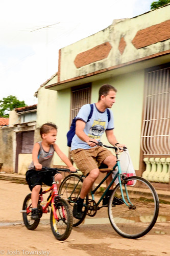 Bicycle scenes from Cuba by Josh Townsley--12