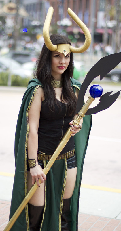 sdcc pictures of hot girls thread page 46