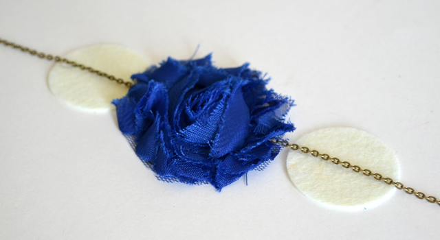 Ombre Flower Necklace Tutorial