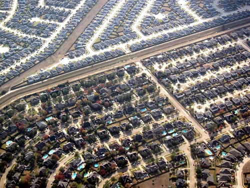 Houston suburbs (by: Nelson Minar, creative commons)