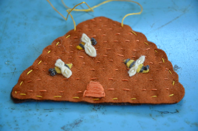 Tutorial: Beehive Ornament