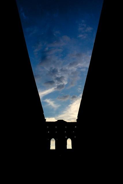 let's the sky enter