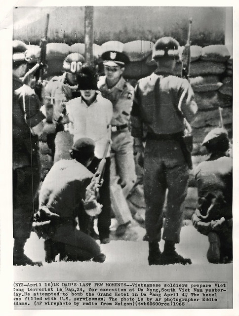 Da Nang 1965 - Execution of Viet Cong Terrorist Le Dau