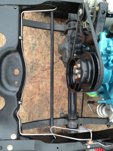 pics of fuel and brakeline routing help!!! jeepforum com