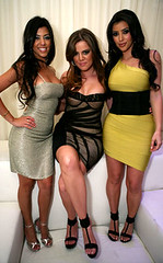 khloe-kourtney-kim-2