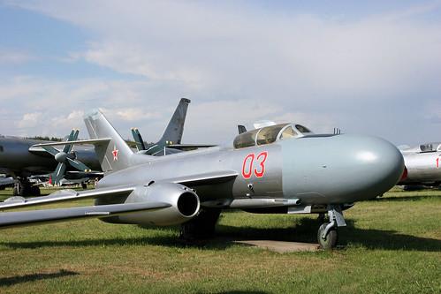 Yakovlev Yak-25M 03 red