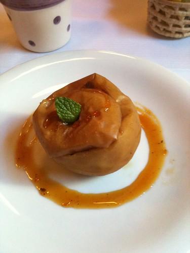 Maçã ao Forno - Restaurante Zéffiro