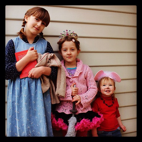 Book week at co-op. Audrey of the Outback, Fancy Nancy + Maisy Mouse. #welovebooks #coop#inschoolers #bookweek