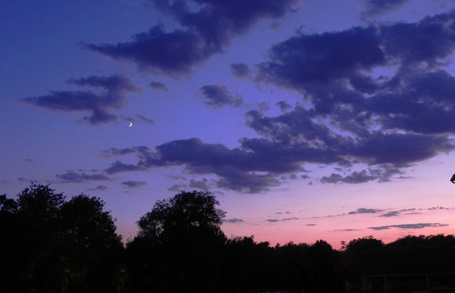 08-21-2012_Sunset with Waxing Crescent Moon