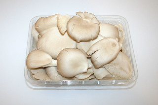 01 - Zutat Austernpilze / Ingredient oyster mushrooms