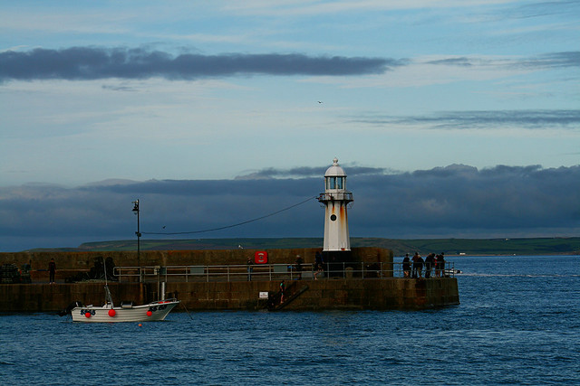 StIves-harbour-lighthouse