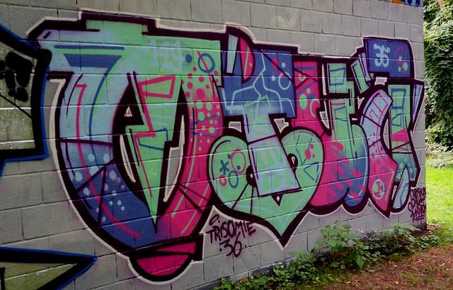 Oldenburg - Youth club Ofenerdiek ( street: Lagerstraße ) / 38th picture / Graffiti, street art