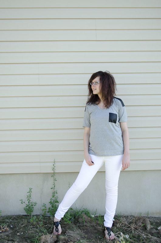 greywhite1