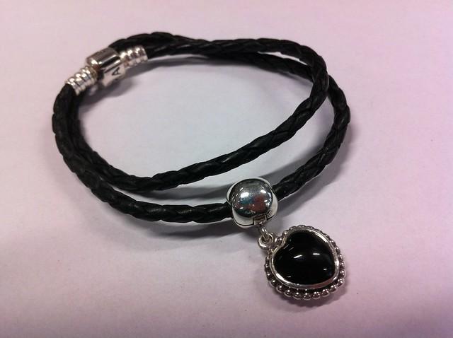 Pandora Black Heart