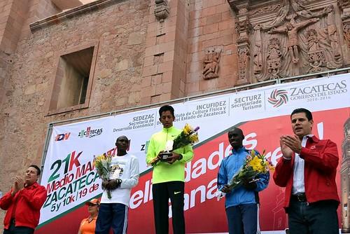 Juan Carlos Romero gana el primer Medio Maratón de Zacatecas