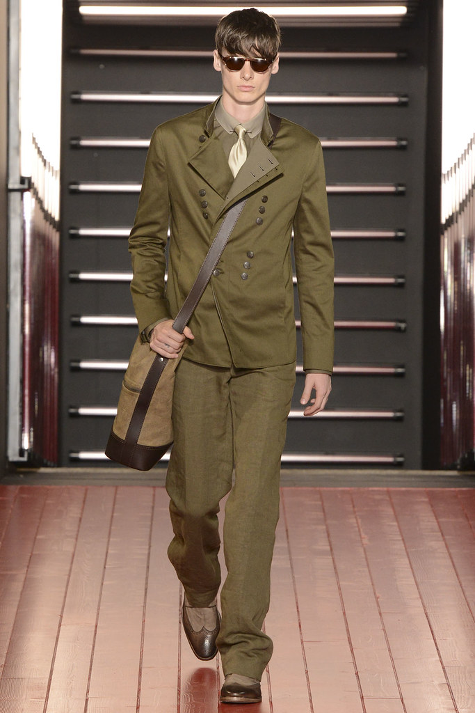 Angus Low3057_SS13 Milan John Varvatos(VOGUE)