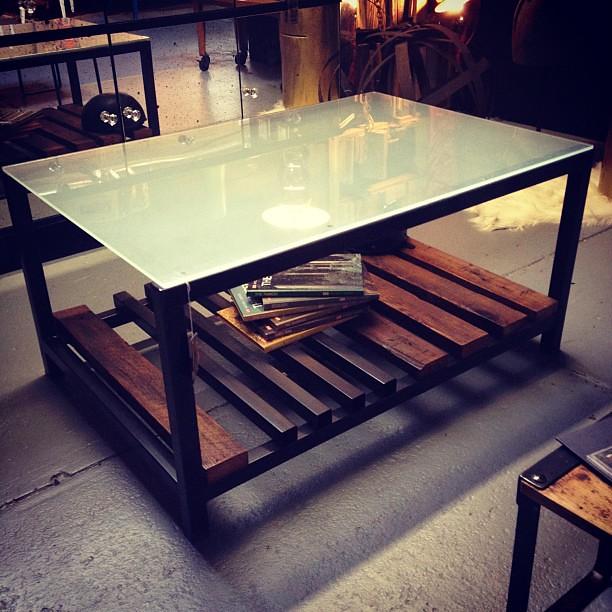 Bespoke Glass Coffee Tables: Industrial Glass/steel/plank Custom Made Coffee Table