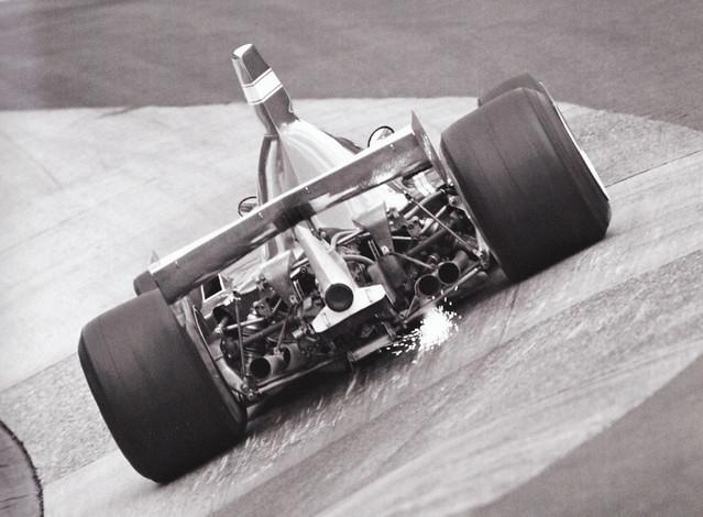 00071 - Clay Regazzoni - Ferrari 312T - Karrusel Kurve - Nordschleife 1975