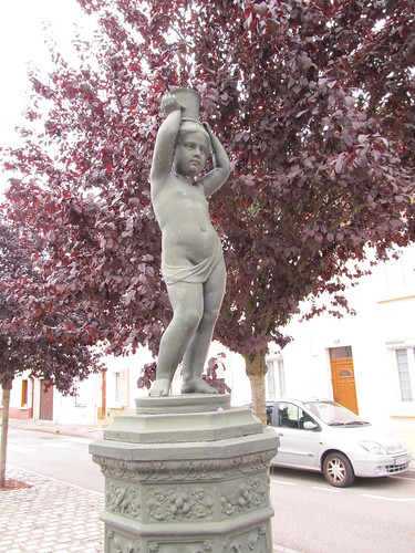 fontaine et monument raon l'etape 074