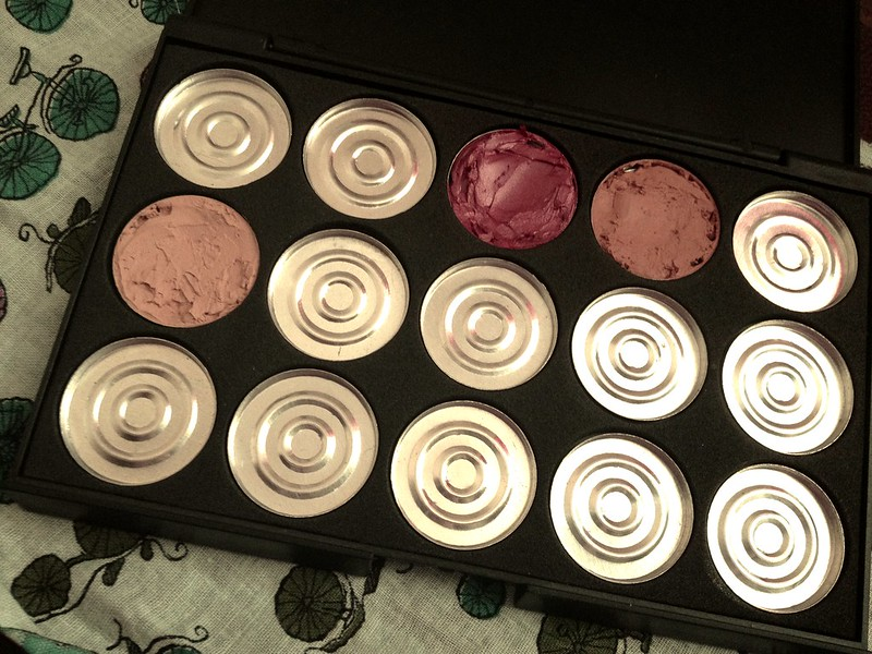 make your own make up palette