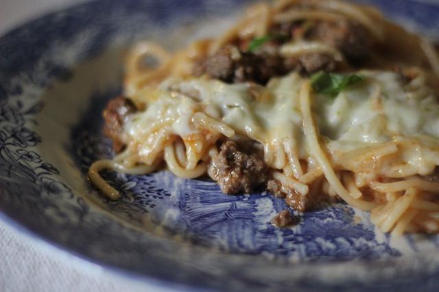 Beefy Cheesy Spaghetti Casserole