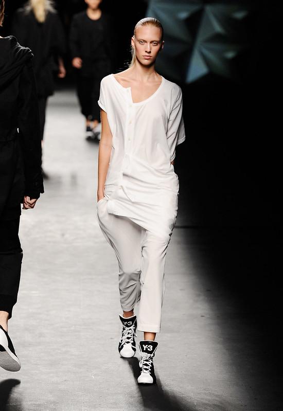 y-3-estate-2013-new-yor-fashion-week-02