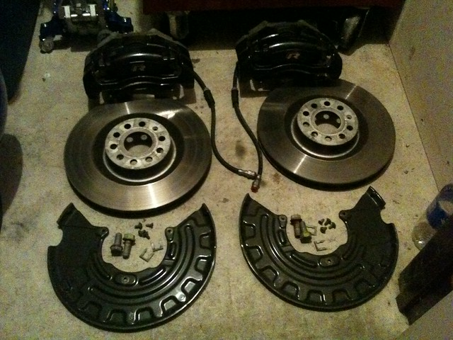 Brakes For Sale >> Vwvortex Com Golf R Stock Front Brakes For Sale Everything Included