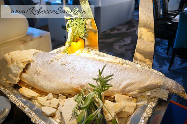 baked whole salmon with salt crusted - world gourmet festival 2012