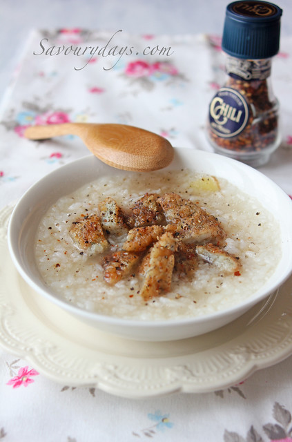 Congee with Fishcake (Vietnamese Style)