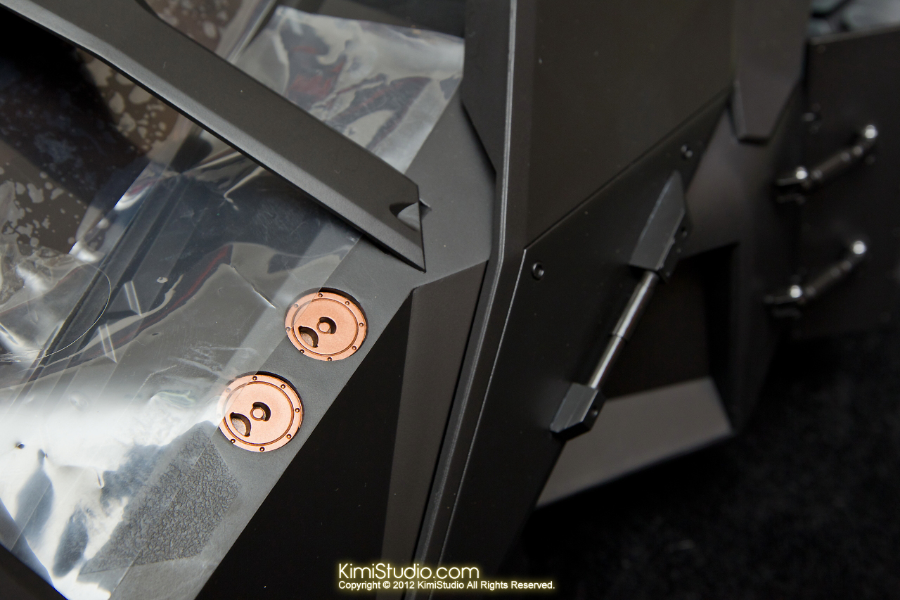 2012.09.22 MMS69 Hot Toys Batmobile-022