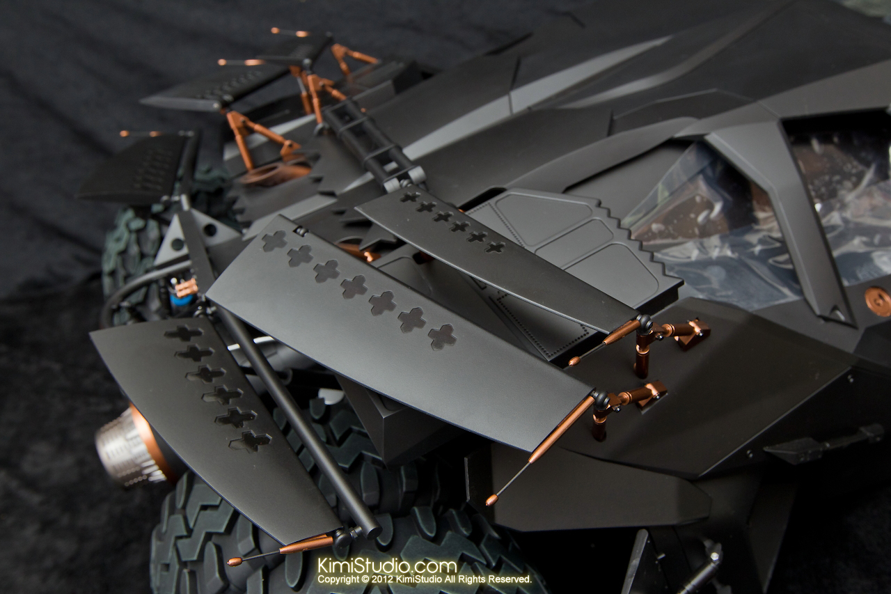 2012.09.22 MMS69 Hot Toys Batmobile-030