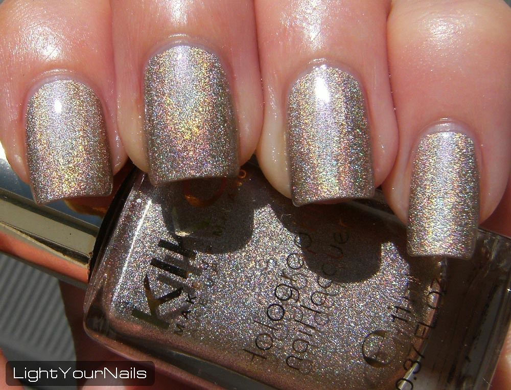 Kiko Holographic Nail Laquer #399: Silk Taupe (Lavish Oriental Limited Edition)