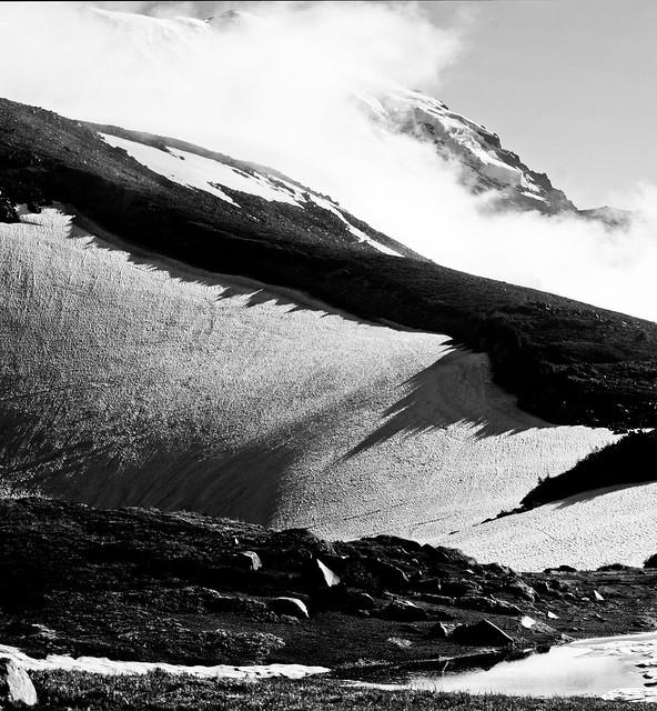 Frozen Lake Trail Vista (pano, B&W)