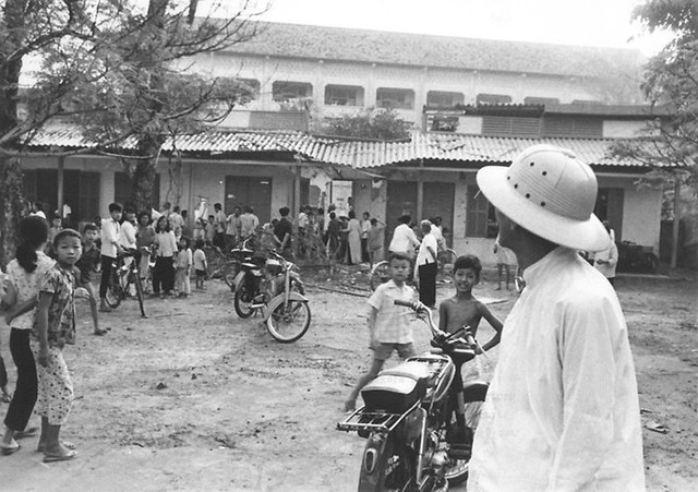 VC Rocket Attacks Kill Many Saigon Civilians - An elementary school bears the marks of the VC rocket attack. 11 June 1968