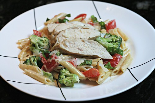 Chicken and Vegetables in a Garlic Cream Sauce