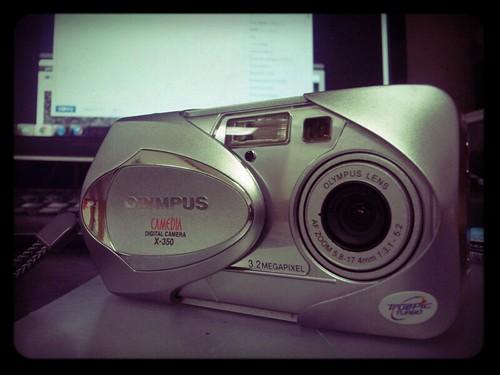 olympus-camedia-x350