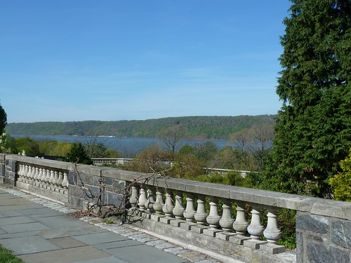Sweeping views of the Hudson River and the Palisades