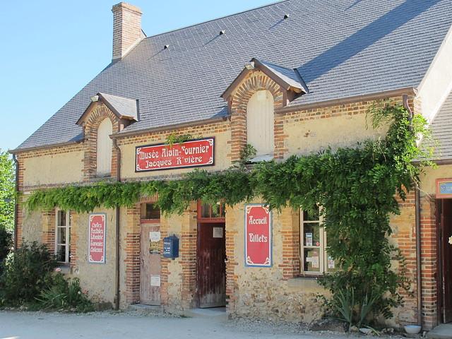 Musée Alain-Fournier - Jacques Rivière, Château de La Chapelle-d'Angillon (18)