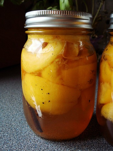 Preserved Peaches in Amaretto & Tahitian Vanilla