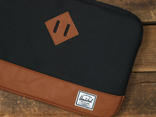 Herschel Supply Co. / Heritage Netbook Sleeve 11""